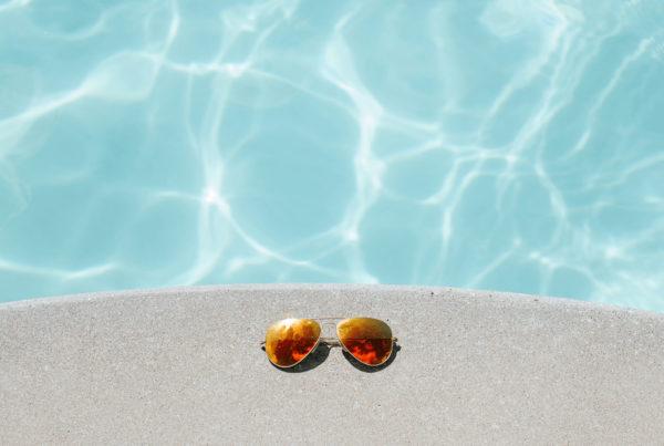 conseil aquilus : Plage de piscine, quel revêtement