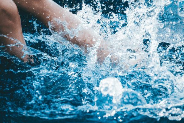 Remise en route de ma piscine : quand et comment faire ? Conseil Aquilus