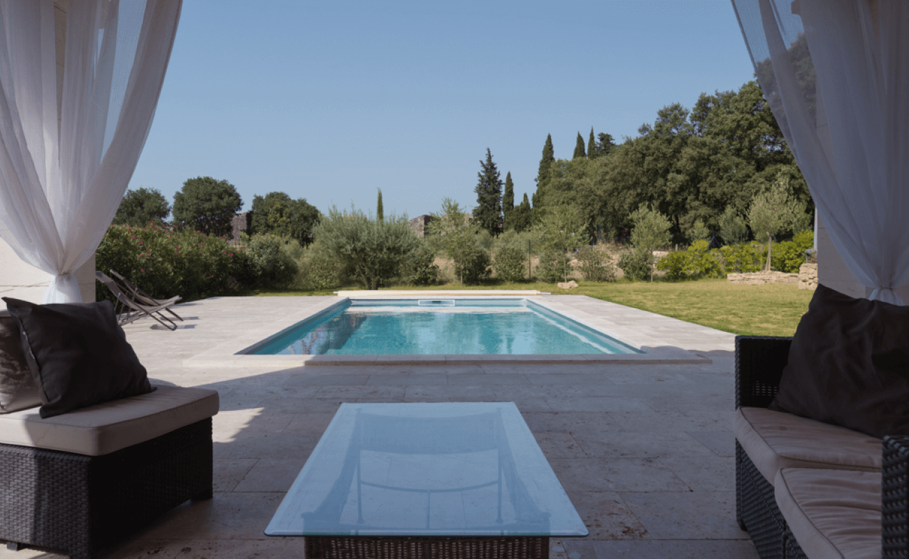 Une piscine en kit s'invite dans le Gard 3