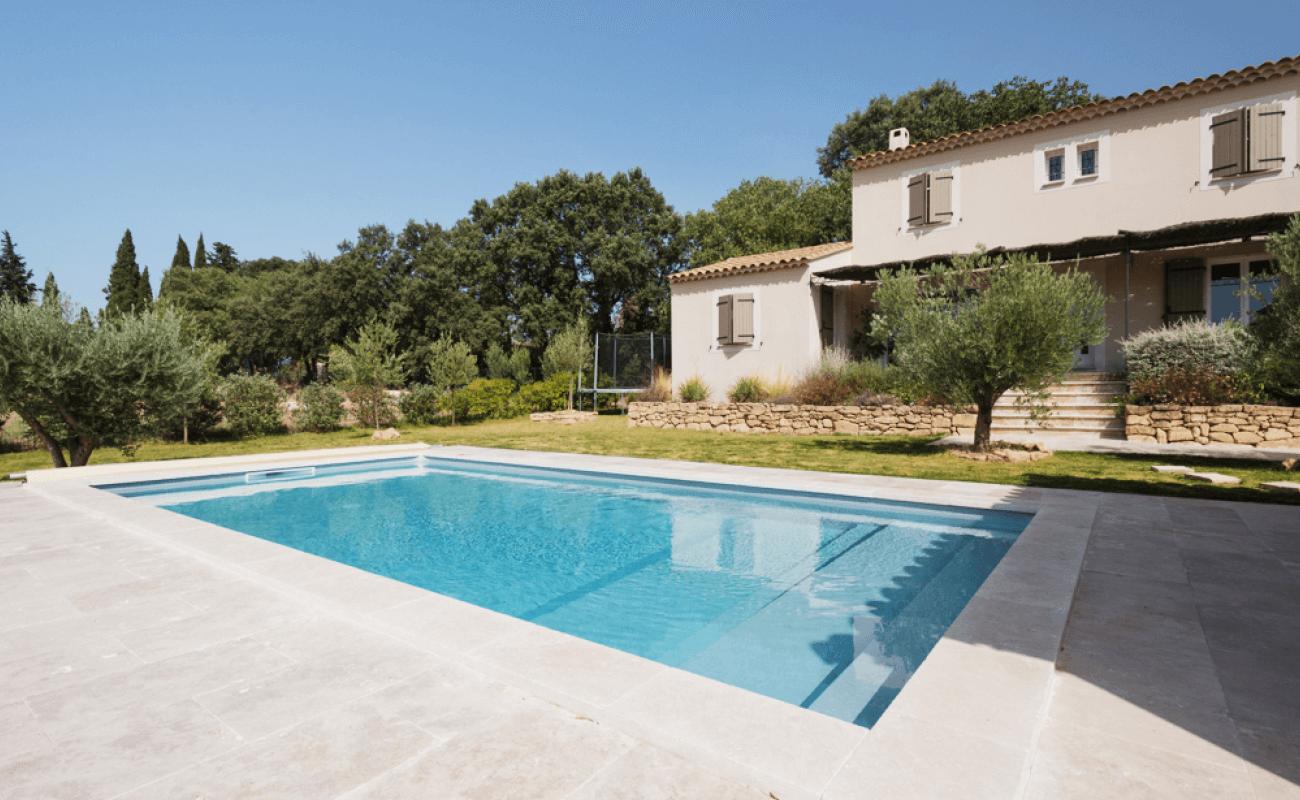 Une piscine en kit s'invite dans le Gard 5