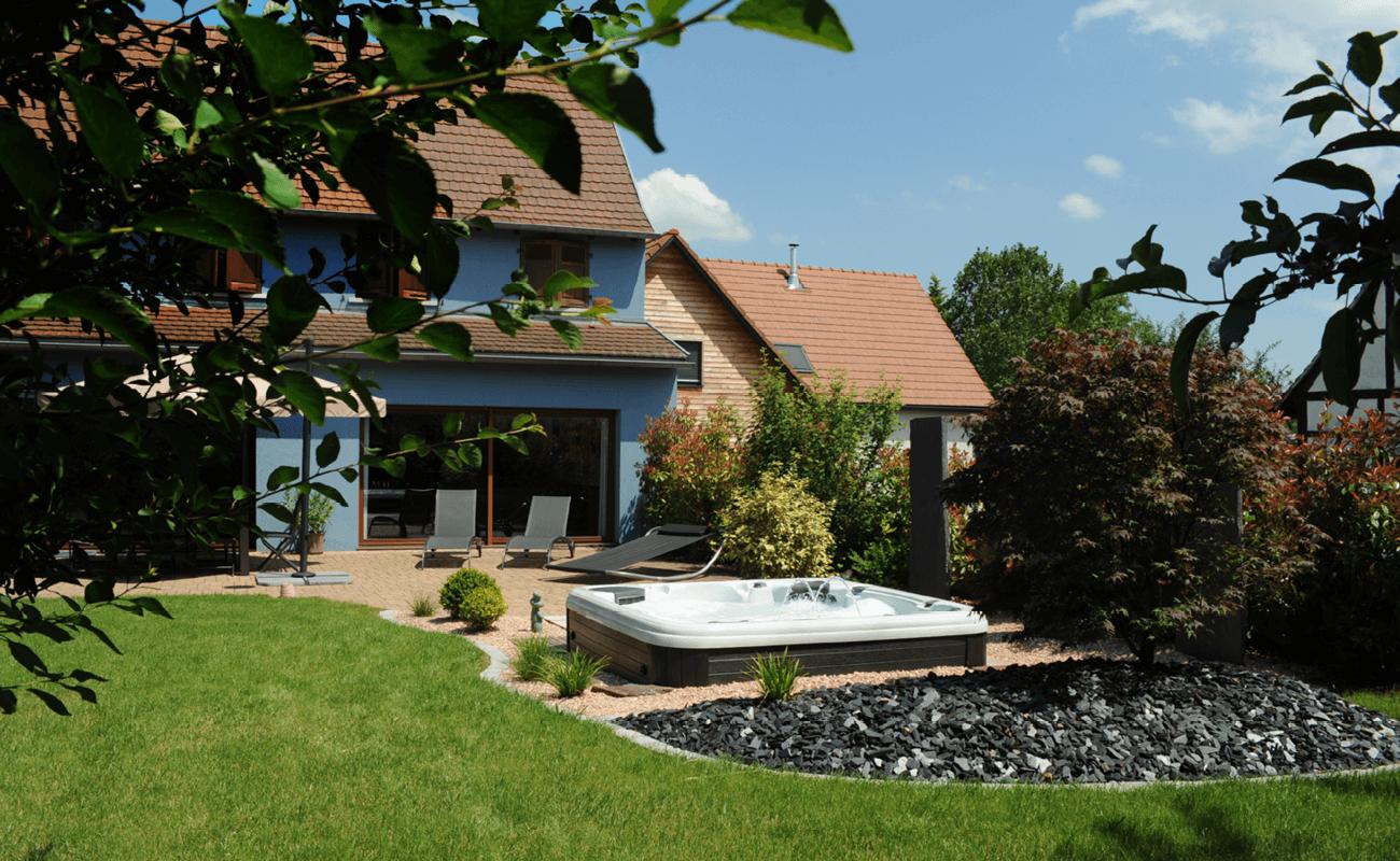 Le Spa de qualité professionnelle & la maison bleue 2