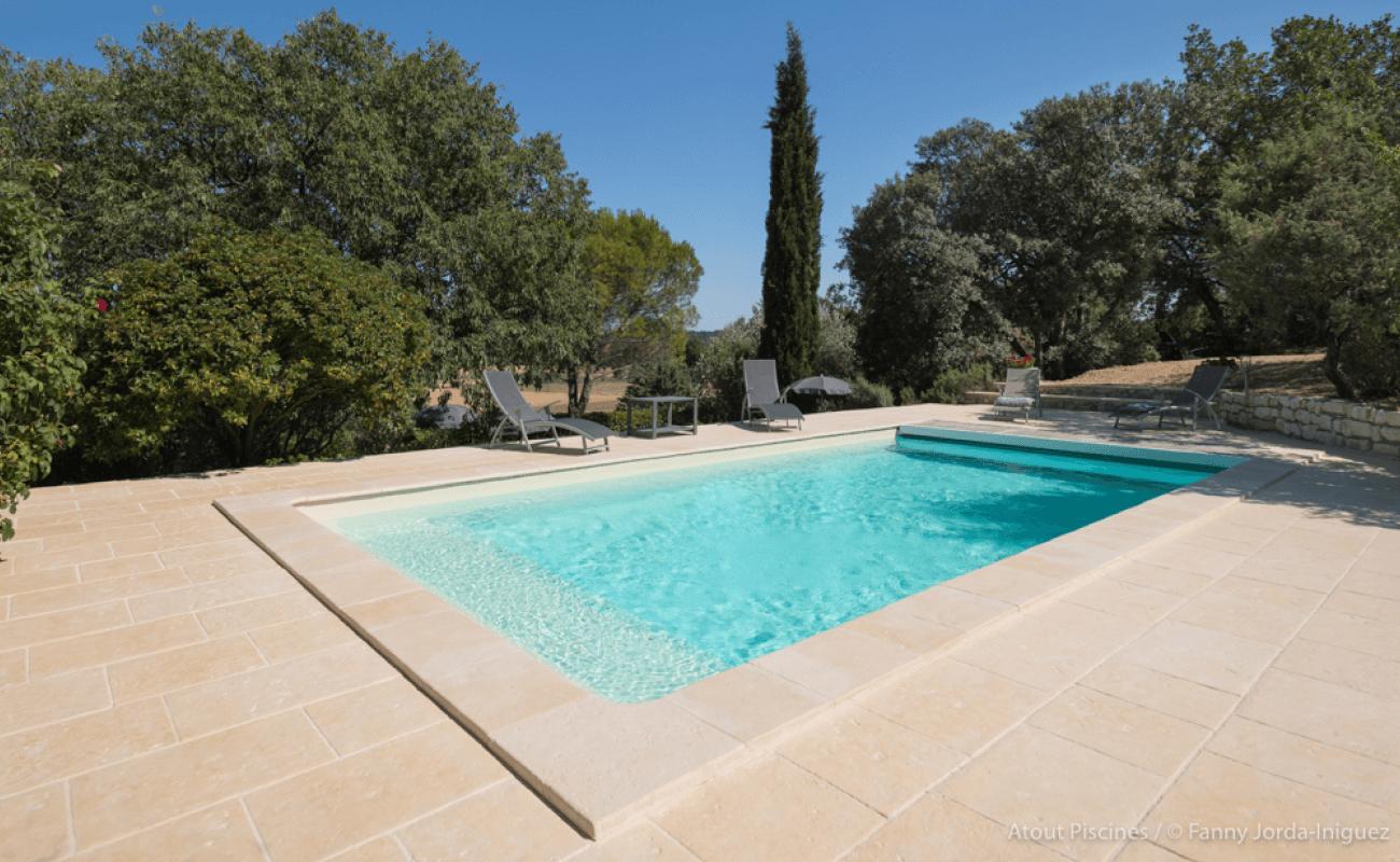 Une rénovation de piscine dans l'un des plus beaux villages de France 4