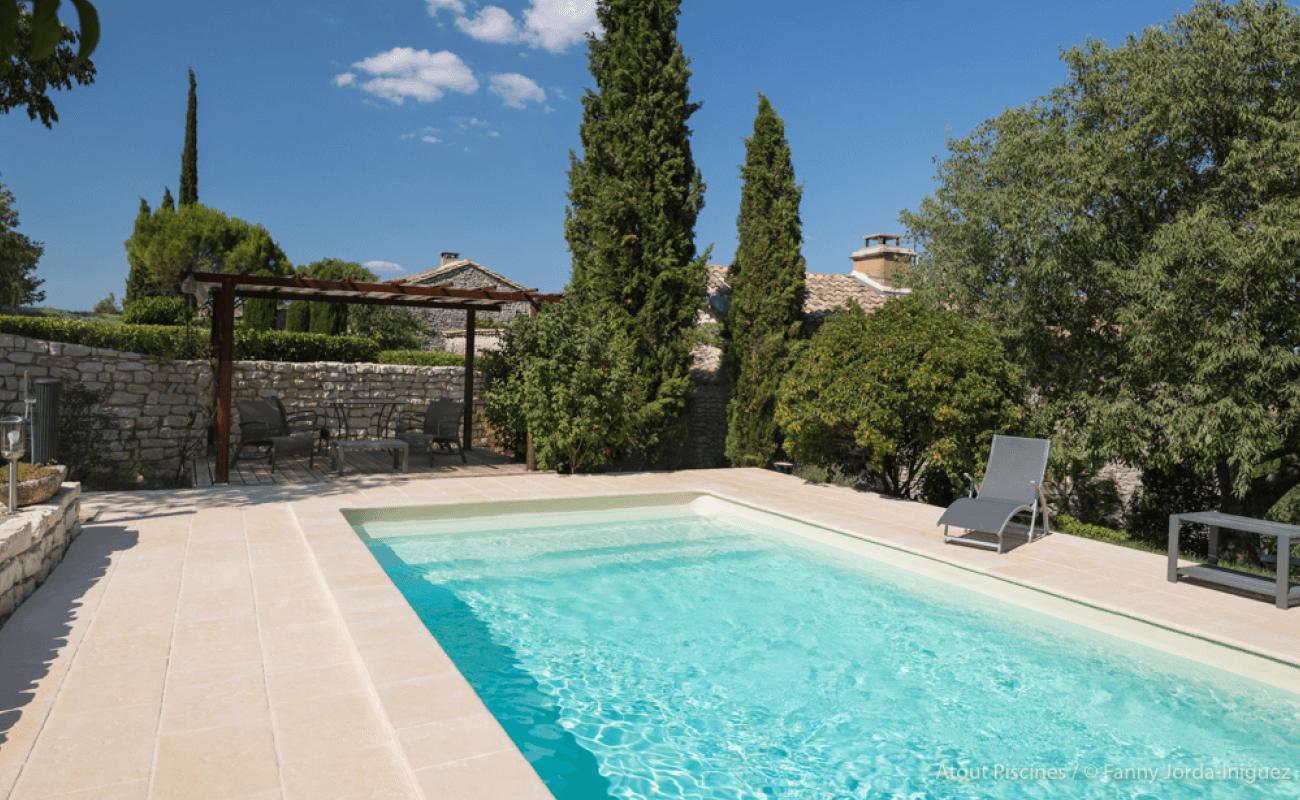 Une rénovation de piscine dans l'un des plus beaux villages de France 5