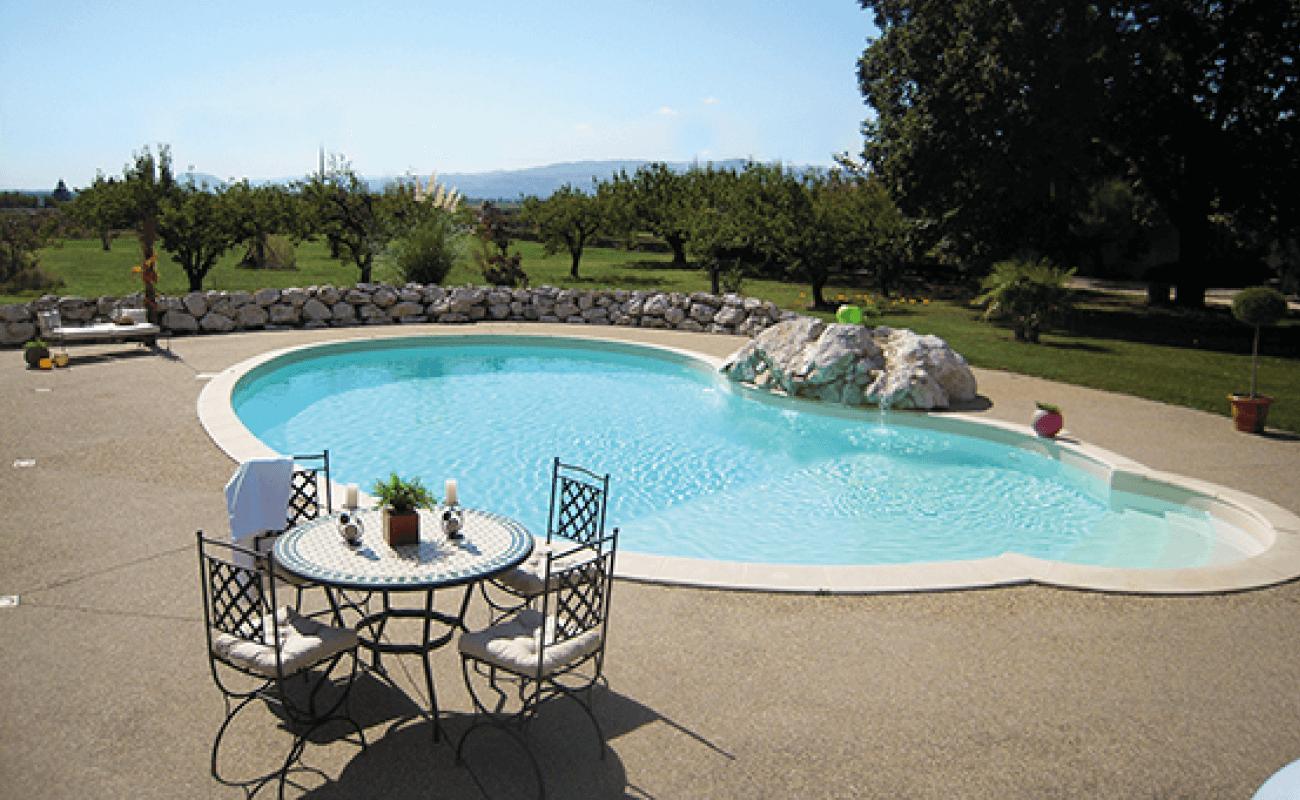 Aquilus Piscines Valence - inspiration piscine arrondie